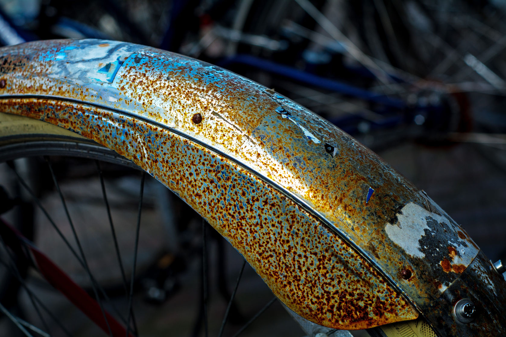 Aufkleber am Fahrrad entfernen